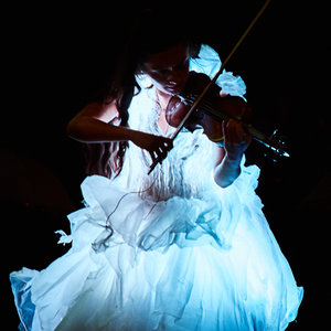 31. The Flying Violinist - Cirque Bijou (UK)
